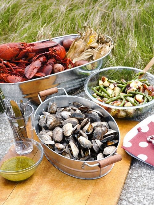 Great ideas for serving lobsters and clams.