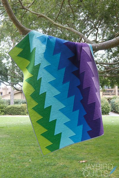 Northern Lights | Jaybird Quilts -- a great guy quilt pattern