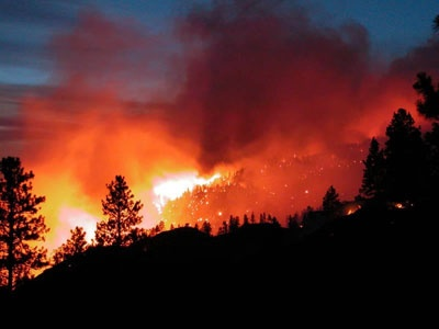 The original brushfire picture that inspired the print on Lindsey Thornburg's summer-kick-off wrap of our dreams, taken in Idaho in 2006.Brushfir Pictures, Evitar Incendios, Incendios Forests, Summer Wraps, Punto Para, Originals Brushfir, Summer Kicks Off Wraps, 12 Punto, The Originals
