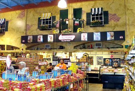 Paesano's Italian Market, Cape Coral.