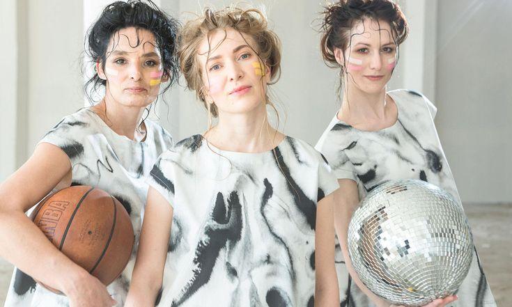 Monika Drápalová navrhla pro Metráž módní kolekci napodporu žen vnouzi