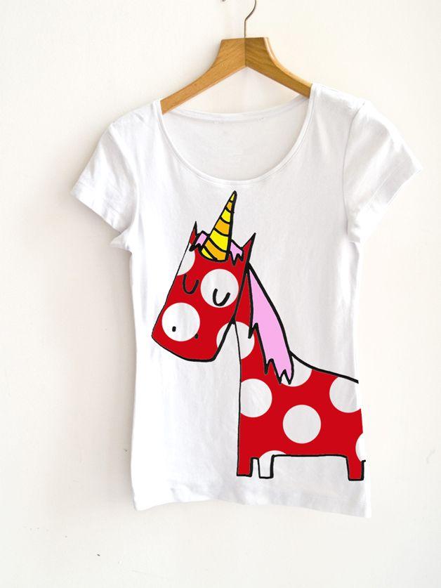 T-Shirt mit Einhorn Druck // t-shirt with unicorn by littlePrintStore via DaWanda.com