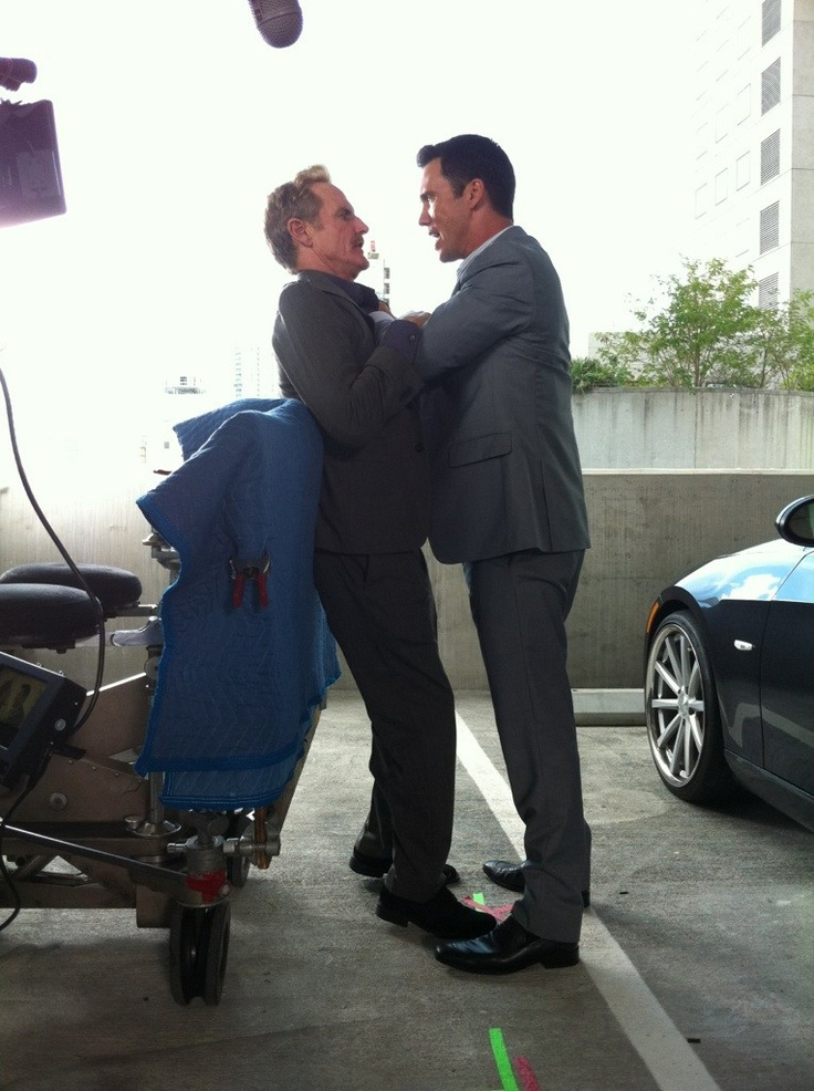 Jeffrey Donovan gets in Jere Burns's face.