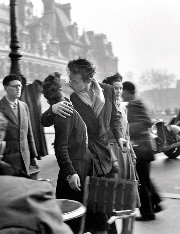 Repasamos la lista de los mejores besos de la historia.  'El beso...' por R. Doisneau