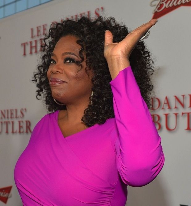 Oprah Winfrey | 60 Famous People Who Are Left-Handed