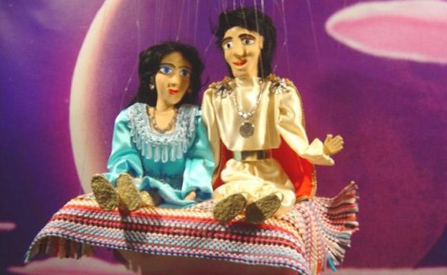 Απολαύστε μαζί με τα παιδιά σας μια μαγική παράσταση με τον Αλαντίν και το μαγικό λυχνάρι ο οποίος ζωντανεύει στο παιδικό Θέατρο Μαριονέτας στην Ηλιούπολη, μόνο με 4,5€. Έκπτωση 40%  http://www.deal4kids.gr/deals.php?id=375
