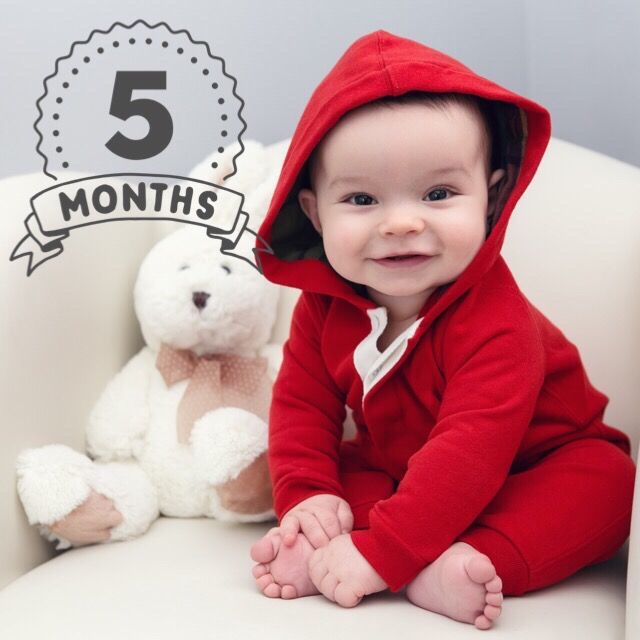 5 Month Old Baby - Photo Editor - Add Text to Pictures - Little Nugget photo editor iPhone App captures pregnancy & baby milestones by adding 600+ unique artwork, personalized text & cool filters to your photos in seconds. Safely save your baby pictures in a private feed or share on social media! A must-have for new parents & Moms to be! Simply upload your pregnancy & baby photos & begin creating a cute memory or milestone for a lifetime.