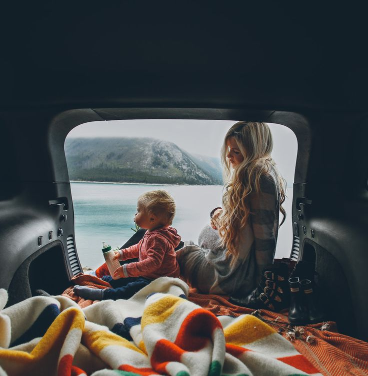 Create a luxurious and unique decoration for the kids' room with these van themed projects.