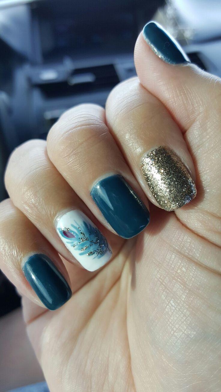 25+ beautiful Feather nail art ideas on Pinterest ...