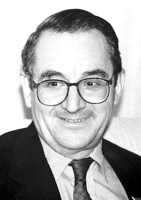 """ELIAS COREY  (1928– ) won the Nobel Prize in chemistry in 1990 for his """"development of the theory and methodology of organic synthesis."""" Corey served on the faculty in the Department of Chemistry at the University from 1951 to 1959."""