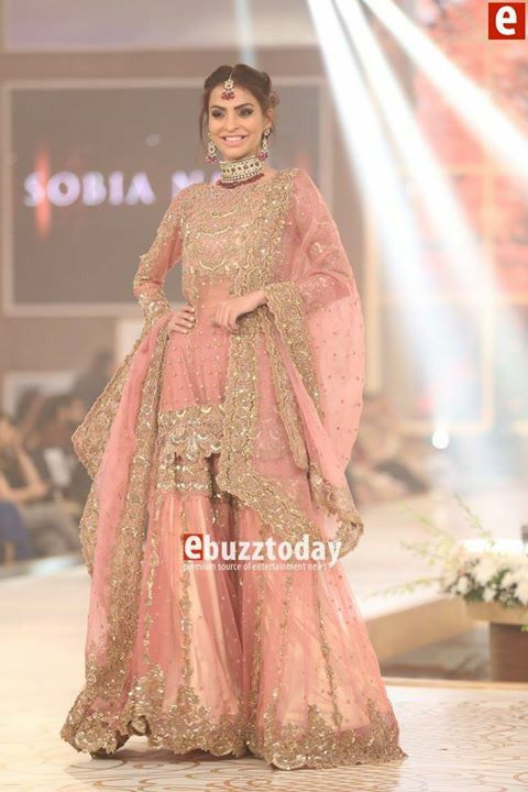 #SobiaNazir represting in telenor Pakistan bridal coutour week Dec2015 pinned by #sidrayounas