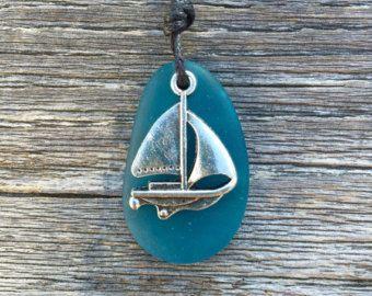 Verde azulado mar vienen vela Velero lejos vela náutica collar de cristal de WaveofLife