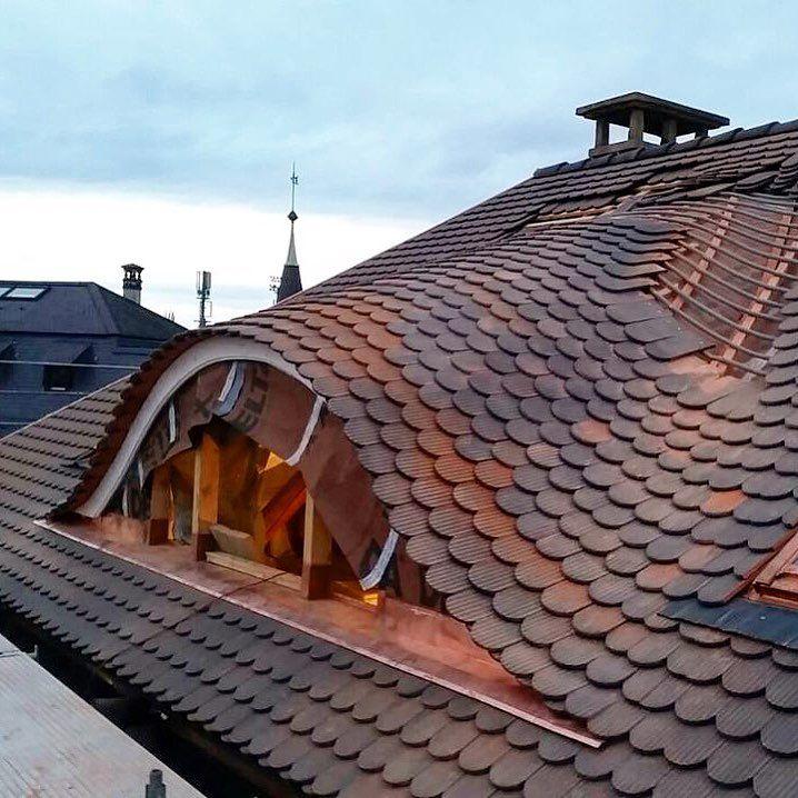 Alexthecarpenter Alex Lattung Und Ziegel Drauf Das War Echt Ein Gebastel Aber Kann Sich Seh In 2020 Ziegel Dachdecker Dach