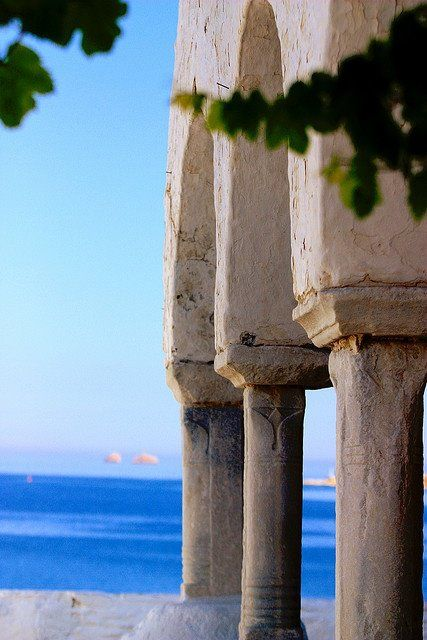 Arches and sea by Marite2007 on Flickr Paros http://www.edeliving.com/