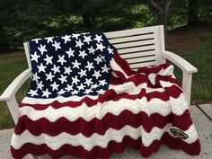 Free crochet American flag patterns and patterns featuring stars and stripes or red, white and blue themes. Mostly blanket patterns.
