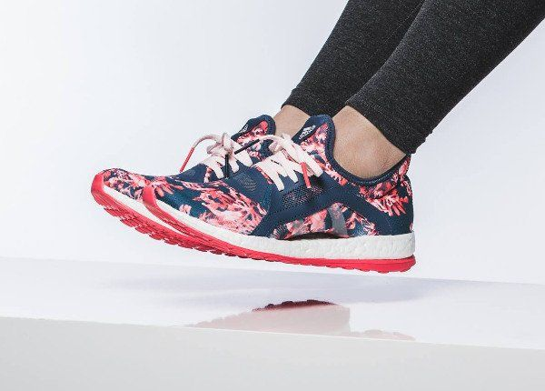 Sneakers Womens Fashion : Adidas Pure Boost X Floral Blue Pink pas cher