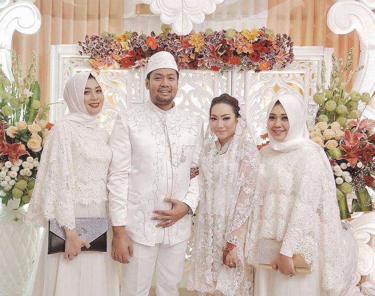 The Wedding of Ari Cpowl & Vira Viranda. February 25th 2016.  Decor by @suwanidecor  Vira'a MUA by @nicolasbulbul  Vira's Hairdo by @wiwelby  Vira's kebaya by @nurkasibah_couture  @thevowweddingfavor vendor:  Photography service by @fatahillahginting  Video service by @glsk_id  Planner by @tietheknot.wo  Wedding Invitation by @emilyartdesign  Ari's Beskap by @hildabahar  Ari's Sisters wearing @sugarandmilk_ by fatahillahginting