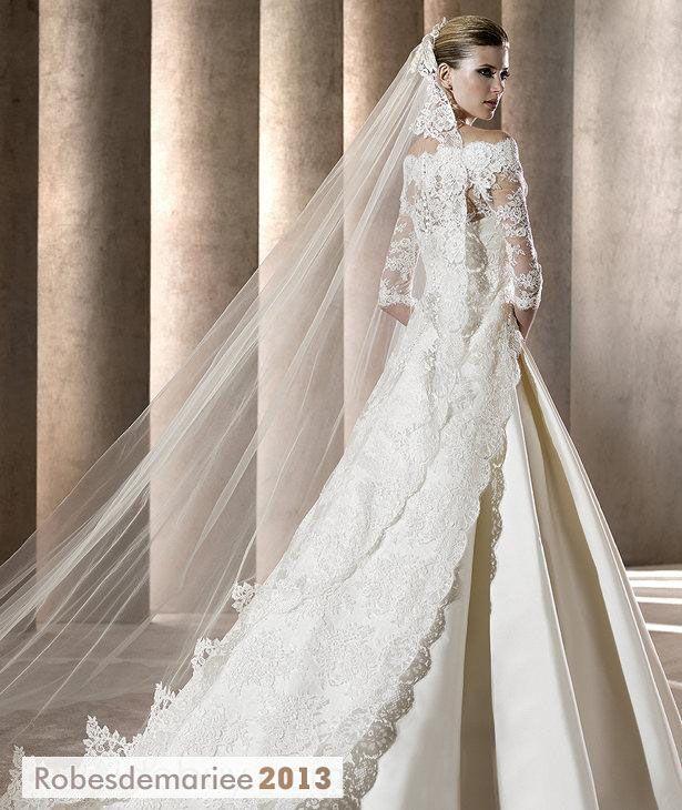 Superbe voile de mariée cathédrale Lace-Trimmed
