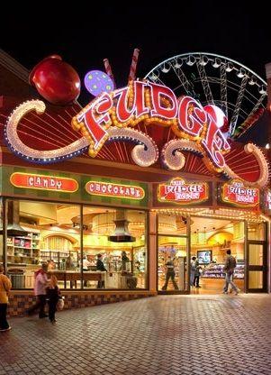 The Fudge Factory, Niagara Falls, Canada #neon at #night