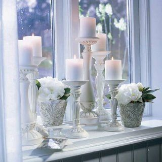 great idea for a window ledge, it must look beautiful from the outside