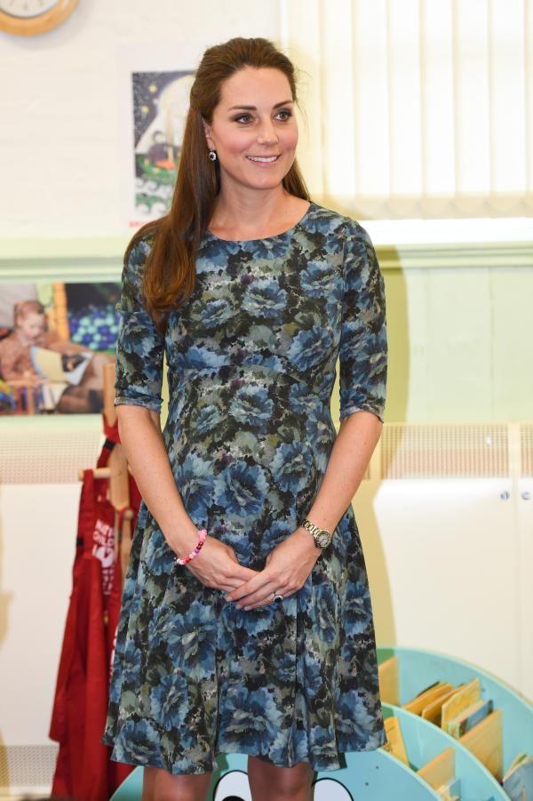 Ducesa de Cambridge – Stylish în albastru   FOTO - 3   Viva!