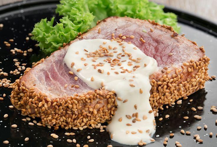 Prepara nuestra receta para preparar un delicioso Atún sellado en salsa de jengibre Philadelphia que te encantará. ¡Tus platillos de ricos a deliciosos!