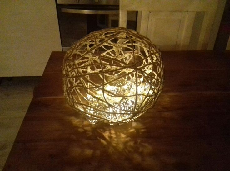 Palla piccola decorativa con luci a led a batteria.  (25)
