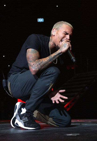 Chris Brown, Meek Mill, Kendrick Lamar, & Nicki Minaj Perform at Philly Powerhouse- http://getmybuzzup.com/wp-content/uploads/2013/10/209393-thumb.jpg- http://getmybuzzup.com/chris-brown-meek-mill-kendrick-lamar-nicki-minaj-perform-at-philly-powerhouse/-  By Rap-Up Hip-hop and R&B's biggest stars came together for Power 99′s Powerhouse 2013 in Philadelphia on Friday. The star-studded concert included performances from Chris Brown, Kendrick Lamar, Wale, Big Sean, 2