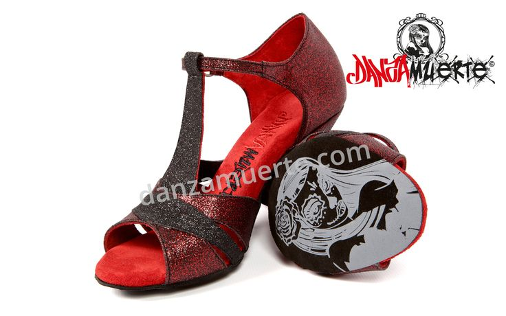 #red #salsa #dancing #shoes Perfect fit. Made of high quality red Glider. Check it out: http://danzamuerte.com/go/s-1008-premium