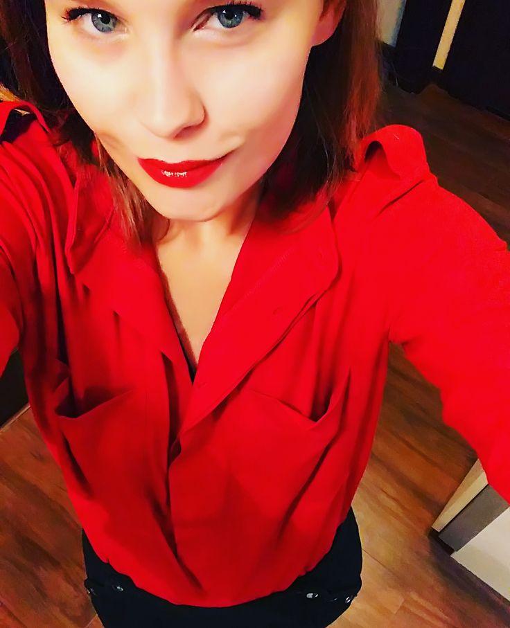 jolka lipstick red + glamdresy = Christmas spirit