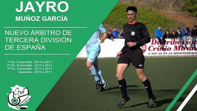 Jayro Muñoz García asciende como número 1 de la Primera División Extremeña y con sólo 19 años, por lo que será el colegiado extremeño más joven en Tercera.
