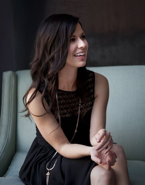 Joy Williams - Civil Wars. One classy dame. Not sure which board to put this on. Pretty sure I've stumbled upon a new style icon.