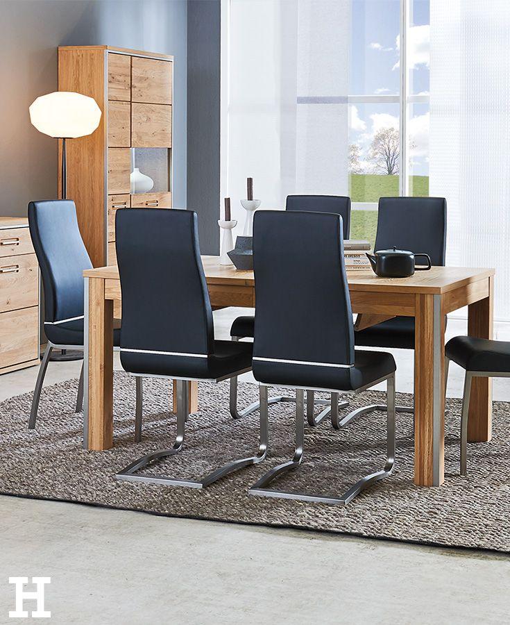 Ein ausziehbarer Tisch bietet genügend Platz für alle Gäste. #esszimmer #tisch #estisch #idee #einrichten #möbel
