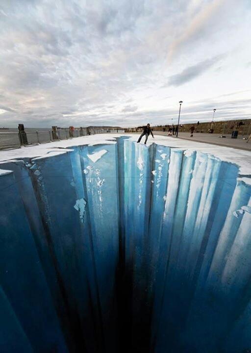 3D Street art: Big Fall