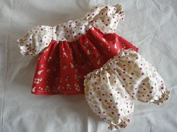 Conjunto de roupinha para boneca waldorf tamanho grande, tecido de algodão. R$ 30,00