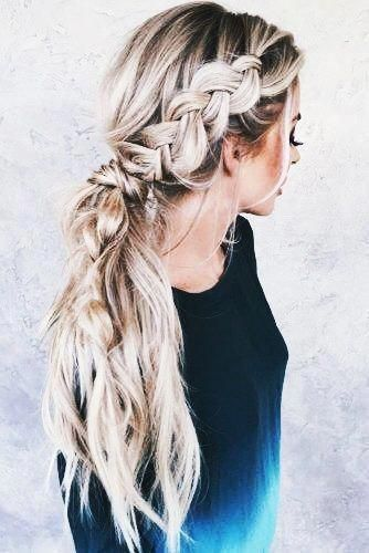 Feathered Hairstyles Avant Garde brunette hairstyles formal.Messy Hairstyles Messyhairstyles fringe hairstyles 2017.Hairstyles Men.. #womenhairstylesl