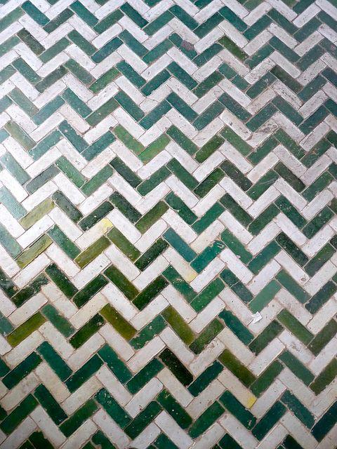 moroccan tiling - bathroom