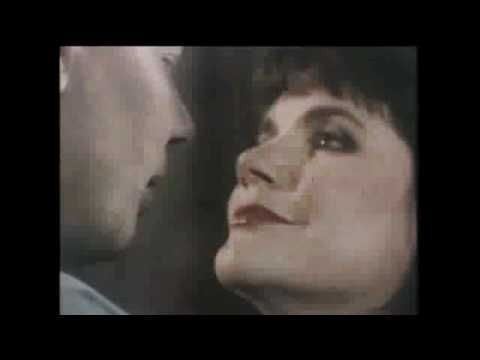 """Don't Know Much"" - Aaron Neville and Linda Ronstadt--Circa 1989....One Super, Big Duet With Two Powerful, Great Voices....Love This Song, Still!!"