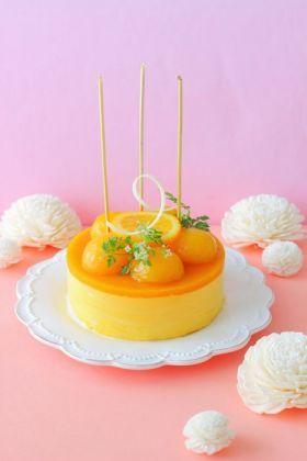 「バースデーミニマンゴームースケーキ」あいりおー | お菓子・パンのレシピや作り方【corecle*コレクル】