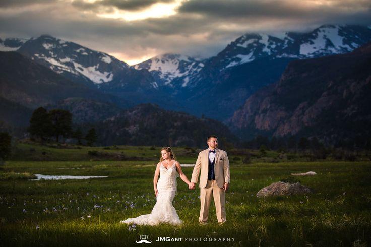 Rocky Mountain National Park first look wedding photos.