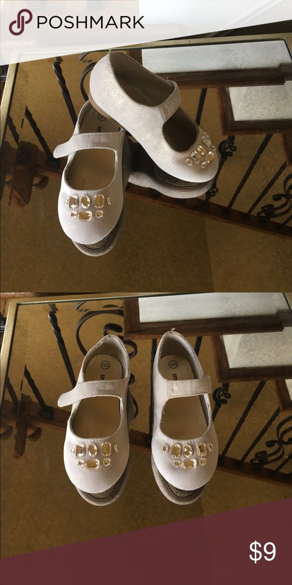 Girls, gold ballet shoes with gold stone accent Used, girls gold ballet shoes with gold stone accent Shoes Dress Shoes
