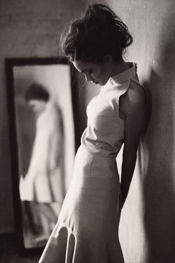 stunning dress | haute couture | feminine | so pretty | reflection in the mirror | fashion editorial | fashion design