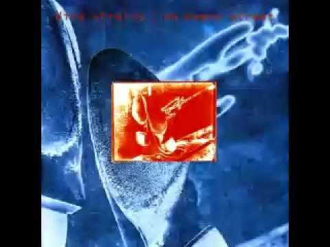 """Dire Straits- """"On Every Street"""""""
