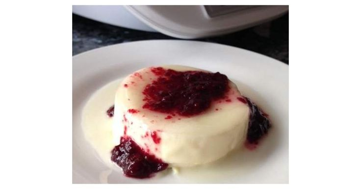 Passionfruit & Blackberry Panna Cotta by janinewood on www.recipecommunity.com.au