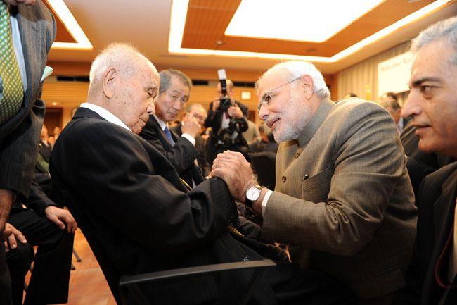 When Modi met Netaji's 99-year-old aide in Japan : India, News - India Today