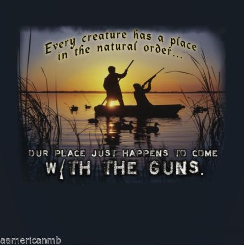 Mountain-Life-T-shirt-Hunting-Hunter-W-Guns-Size-L-Top-Boat-Lake-Ducks-Sunrise