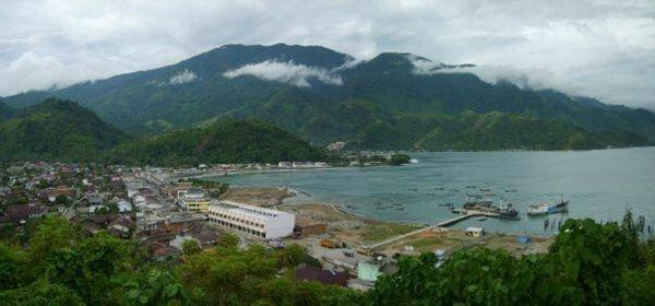 Tapaktuan dari gunung lampu. Lokasi Kabupaten Aceh Selatan.