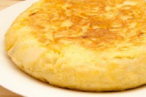 Tortilla de patatas más jugosa y esponjosa   Cocina
