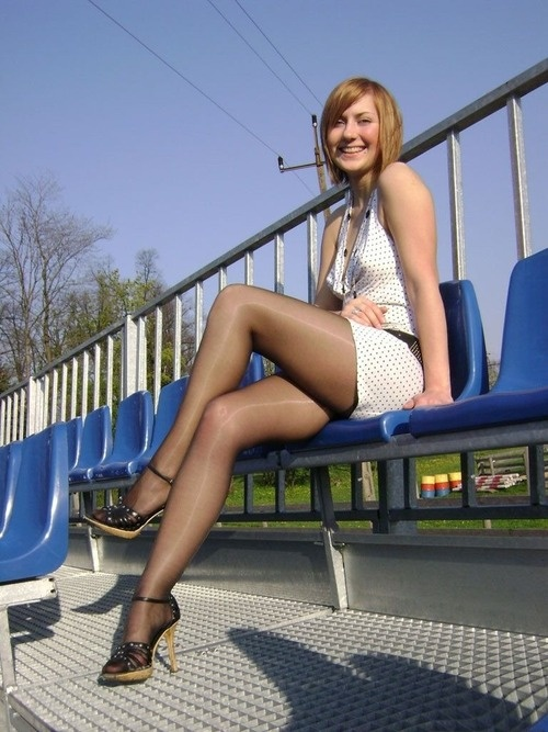 Very Nice! ;)   nylon Feet   Strumpfhose, Nylons, Schwarze ...