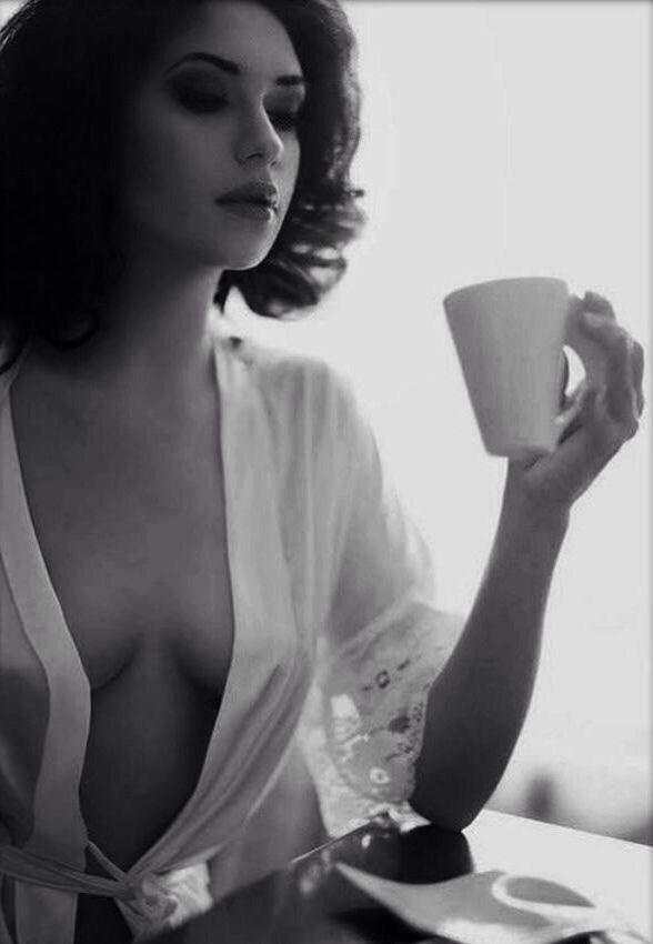 8ea3666c2daea040592d561c851f8437--sexy-coffee-coffee-girl.jpg